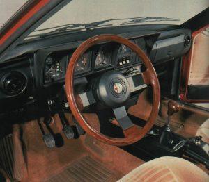 gli interni dell'Alfetta GTV
